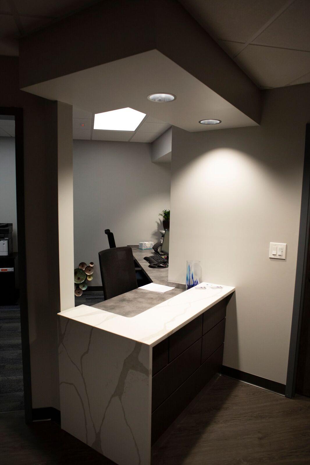 Concierge Medicine of Buckhead receptionist desk 2